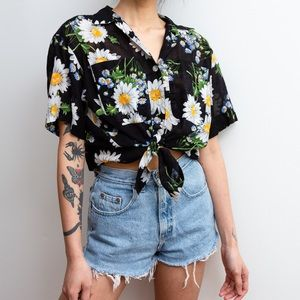 90s Vintage Daisy Top